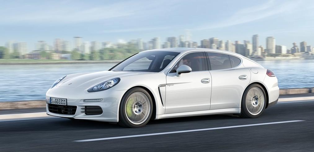 2014 Porsche Panamera white