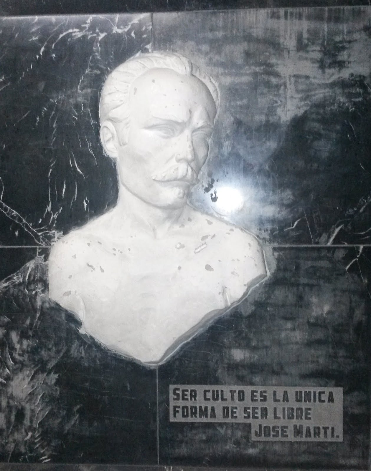 JOSÉ MARTÍ - Apóstolo de Cuba