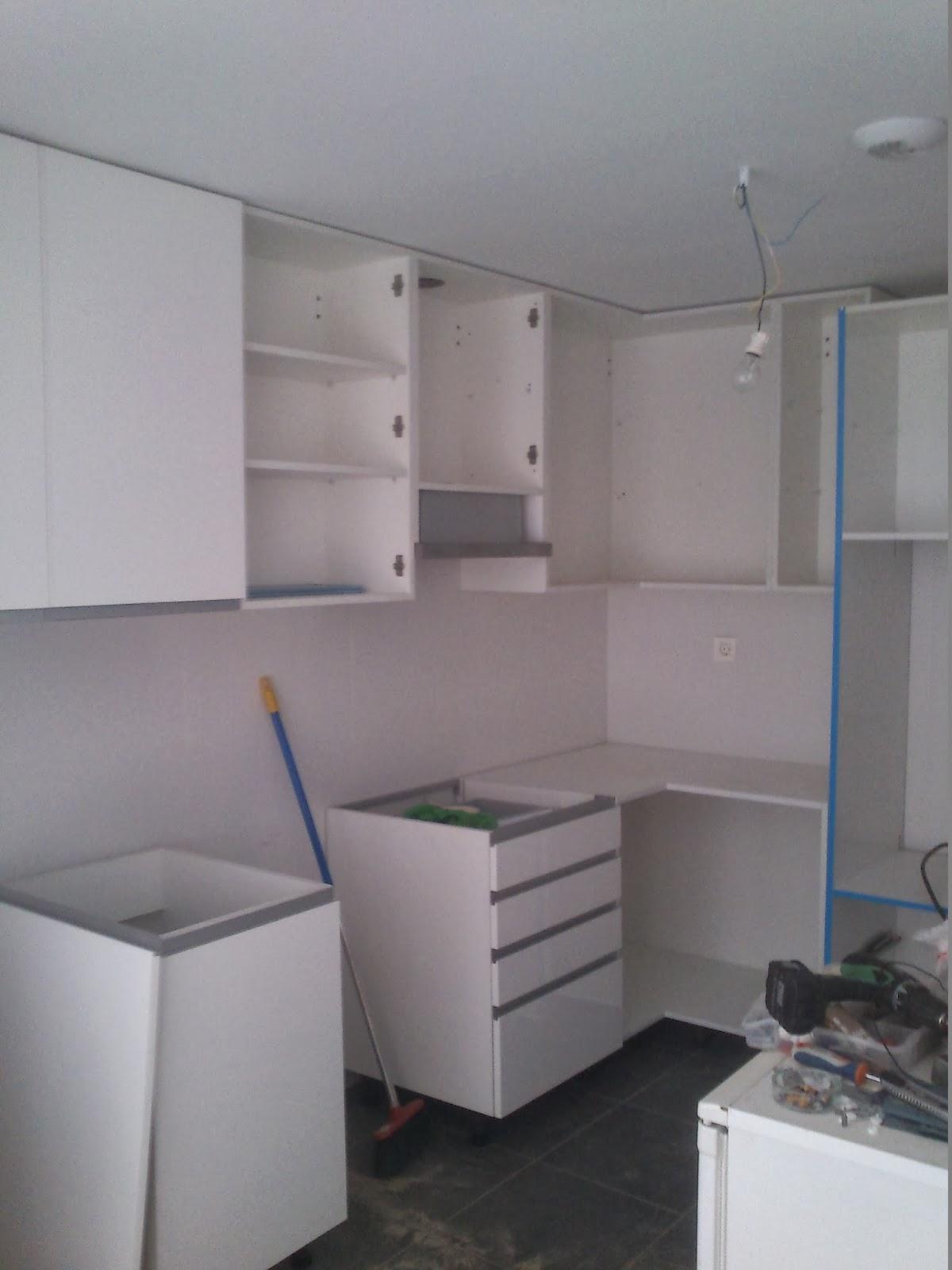 Sergio vivas carpintero cocina y mueble auxiliar en for Encimera auxiliar cocina