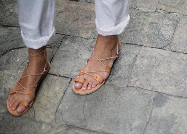 flat-lace--sandals-fashion