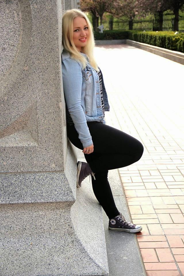Annika, 18