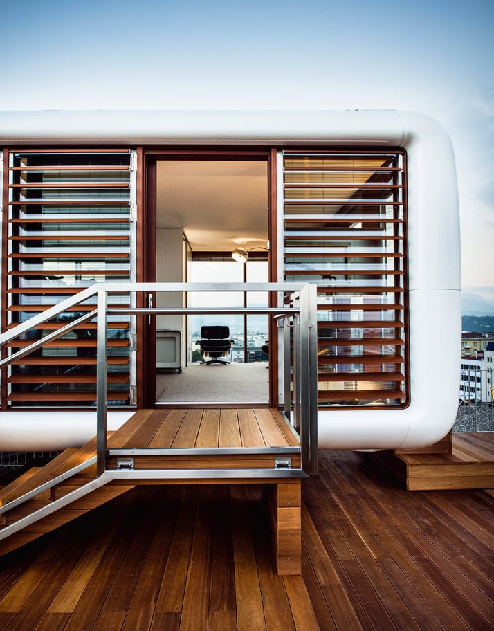 http://okoknoinc.blogspot.com/2015/01/loftcube-on-top-of-hotel-daniel.html