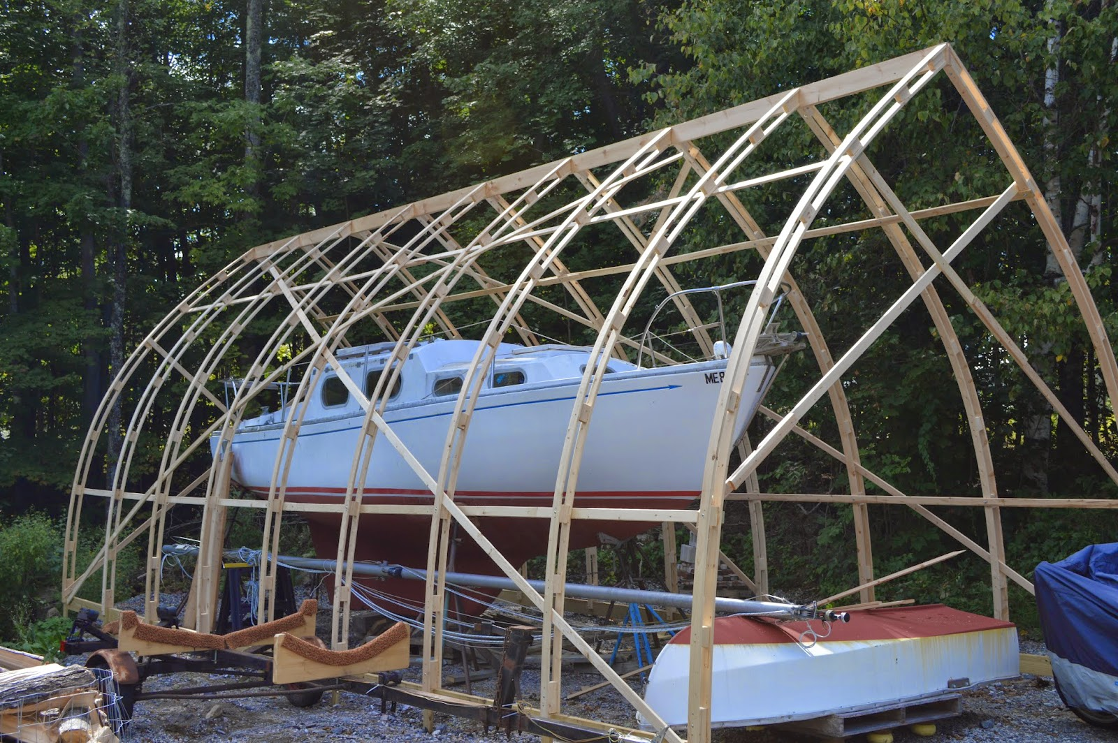 The 800 liveaboard amish barn raising for Boat barn plans