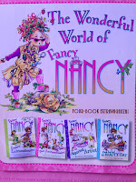 Fancy Nancy Gift Set