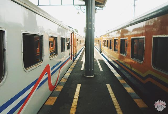 Cerita kereta api journeyofalek.com