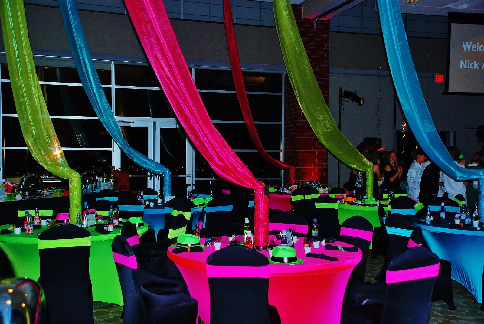 Neon Party Theme Images & Pictures - Becuo