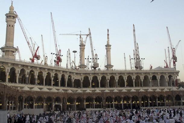 Otoritas Arab Saudi Pastikan Angin Kencang Penyebab Jatuhnya Crane