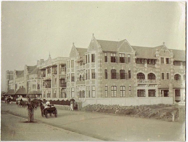 Houses on Colaba Reclamation Bomaby (Mumbai) c1905