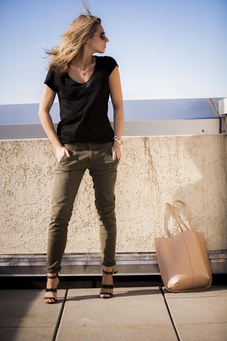 Rich & Skinny Give away Jason Wu footwear Linen tee Gold chains