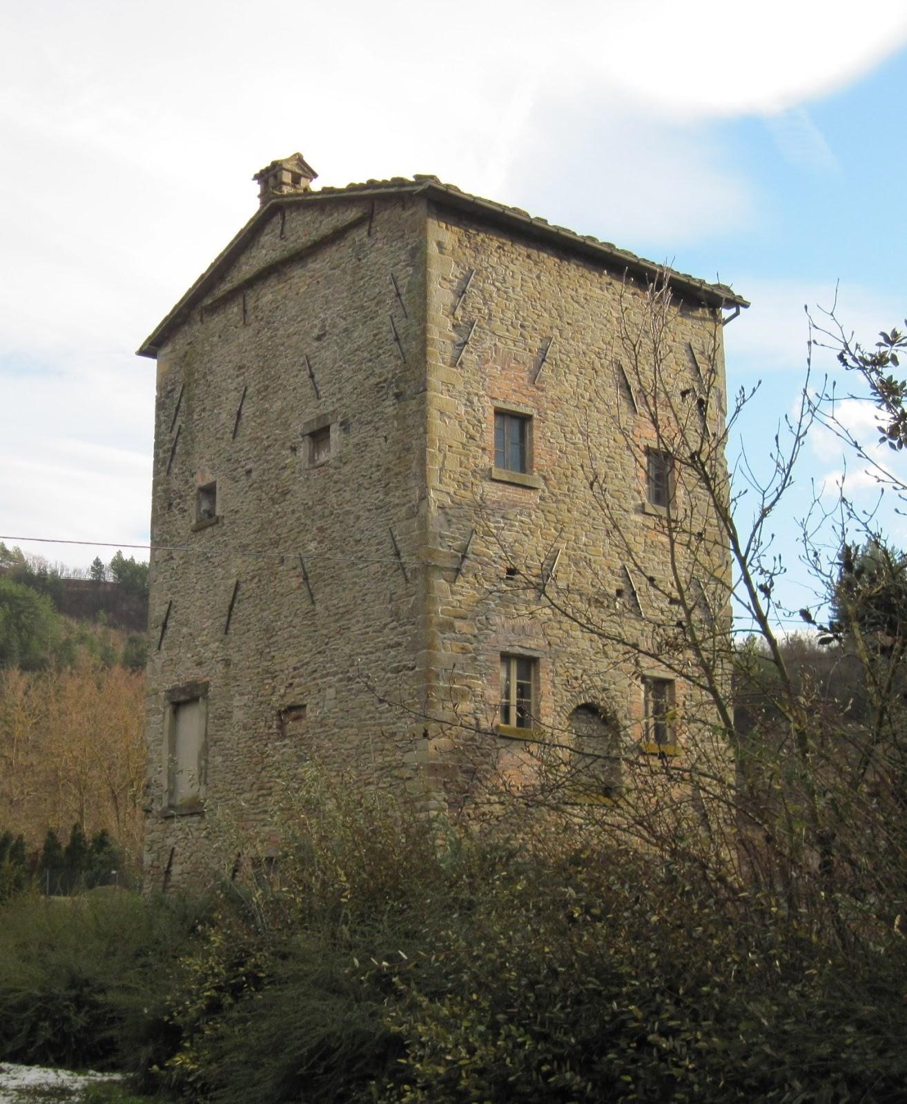 Il blog della biblioteca di marradi il castello di for Piani di casa bassa architettura del paese