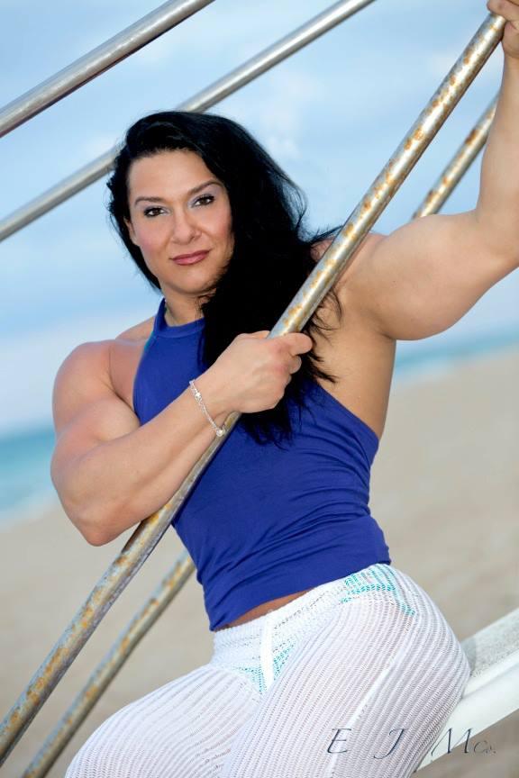 Alina Popa Professional Bodybuilder Trainer | Bodybuilding