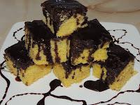 Jednostavni kolač sa prelivom