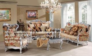 toko mebel jati klasik,jual sofa Classic Eropa,Jual Mebel Jepara,Sofa Classic cat Duco,Sofa Classic Jepara,Sofa Classic High class,Jual Mebel ukir asli Jepara,Jual Sofa Classic CODE-SFTM 1105 sofa tamu set classic ukiran jepara