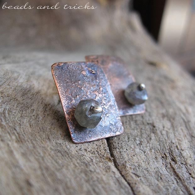 Orecchini in rame reticolato, argento e labradorite