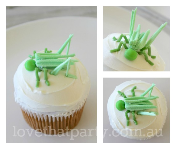 Grasshopper Cupcake: Super Simple Birthday Cakes Blog Series. Heaps of great kid's party cake decorating ideas, party ideas, party decorations, party invitations and diy's.
