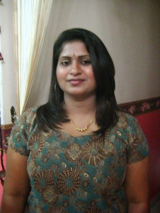 andhra hot aunty geetanjali saree removing wantedly