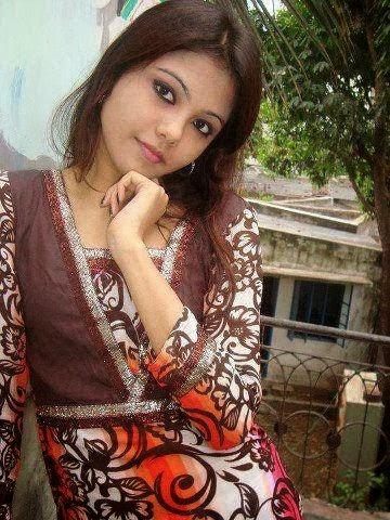 Bold+and+Beautiful+Bangladeshi+Girls+Photos013