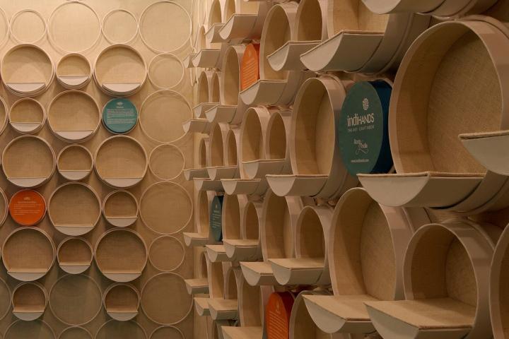 Papel De Parede Adesivo Herois ~ ARQUITETANDO IDEIAS Loja de artesanato projetada para a escala humana
