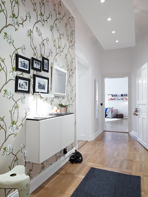 Decorando o corredor jeito de casa blog de decora o - Papel pintado para entradas ...