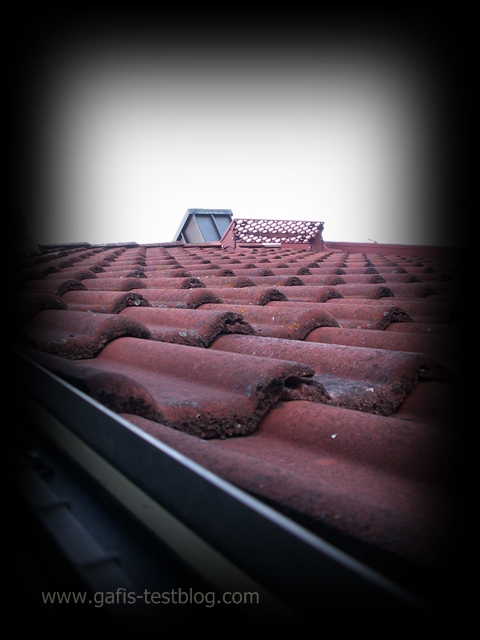 gafi 39 s testblog ein poltergeist auf unserem dach. Black Bedroom Furniture Sets. Home Design Ideas