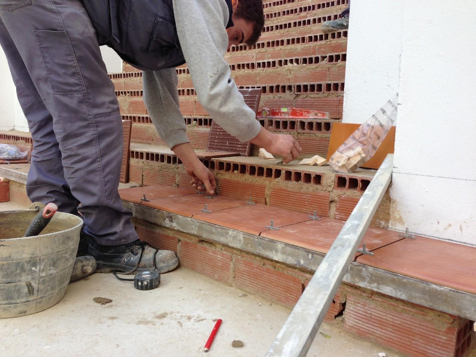 Empezando A Revestir La Escalera Escuela Taller La Lloca