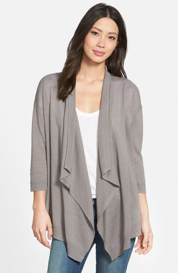 If you plan on staying into the evening, grab a cardigan and put it into  your tote for later. This one is light but still offers coverage, and is on  sale ... - What To Wear To A Winery #FashionFriday - Pieces Of A Mom