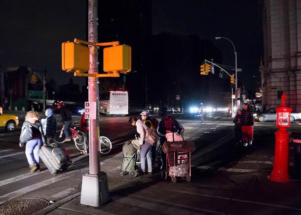 fotos de Nova Iorque às escuras depois do Furacão Sandy