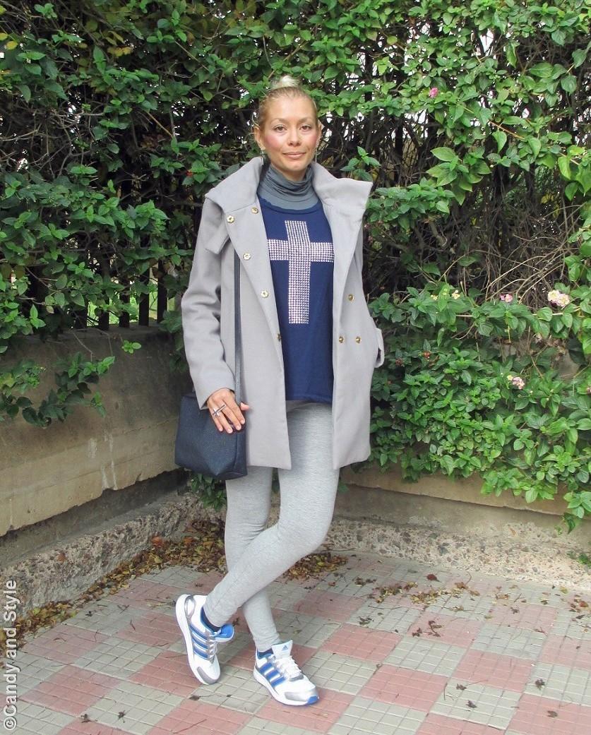 GreyCoat+BlueSweatshirt+GreyLeggings+Trainers+HighKnot+BlueCrossbodyBag - Lilli Candy and Style Fashion Blog