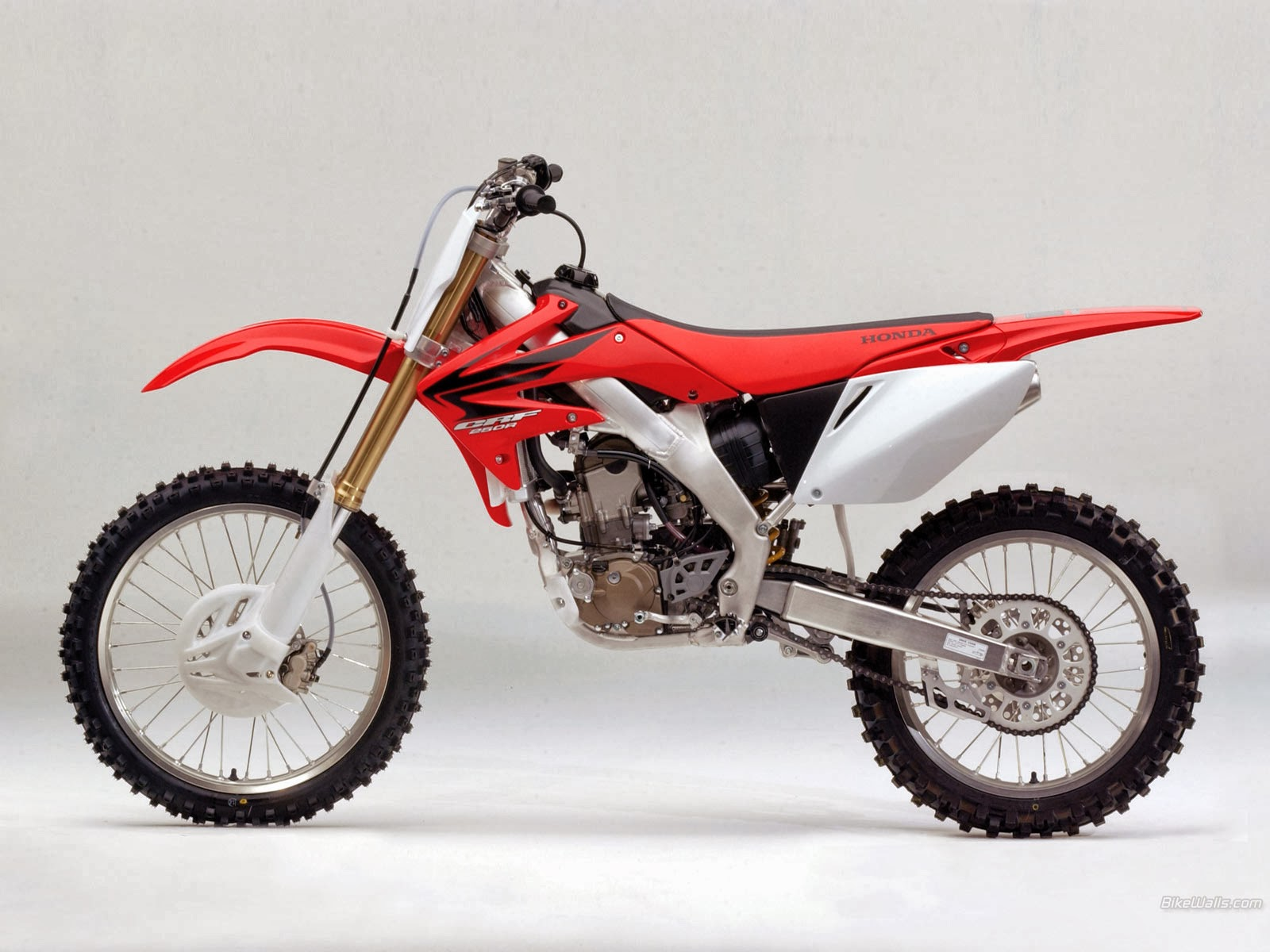 honda crf 250 r 1 honda motor. Black Bedroom Furniture Sets. Home Design Ideas