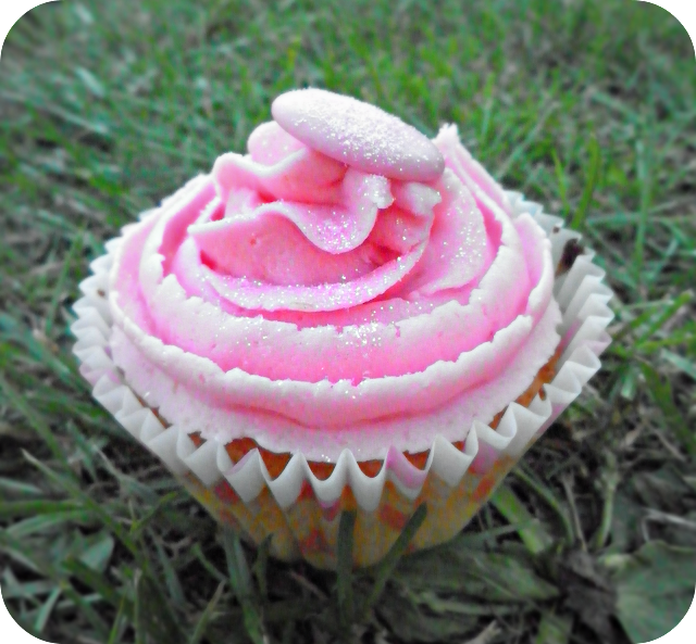 cupcake, pink glittery cupcake, pink chocolate buttons