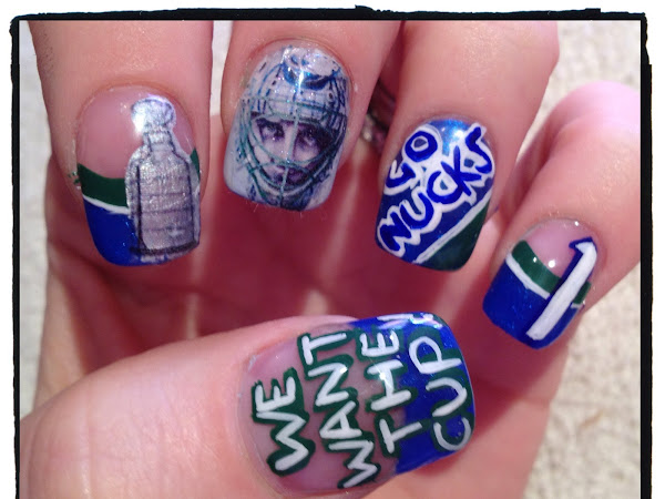 Day 137 - Playoff Nails