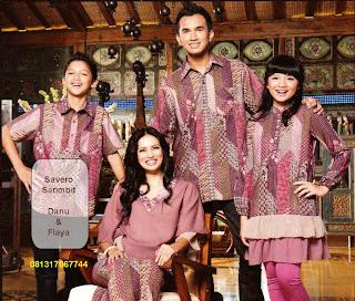 Pakaian Busana Lebaran Keluarga