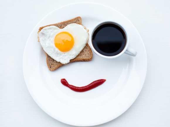 бутерброд, яичница, кофе, валентинка