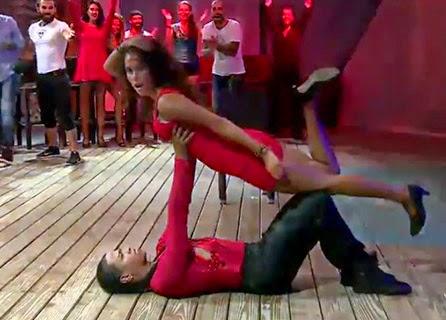 """""""Serenay Aktaş"""" Dans Video izle! Survivor All Star birleşme partisi Serenay Aktaş Dans Video İzle!"""