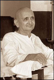 Picture of Swami Ramdas and Quotes