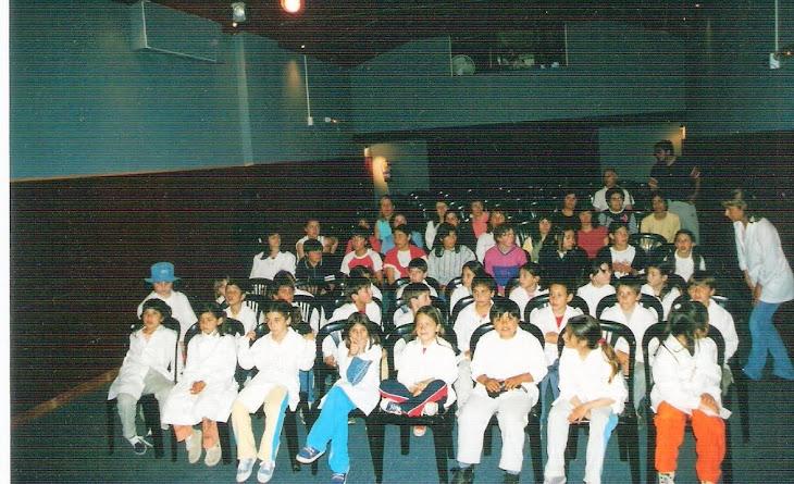 Escuelas al teatrino