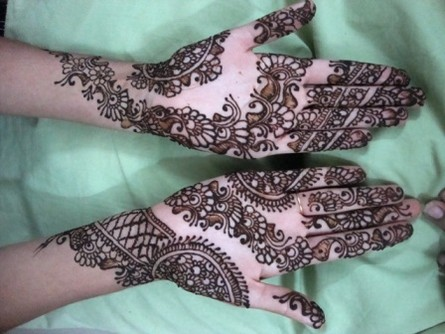 Mehndi designs For hand 2012