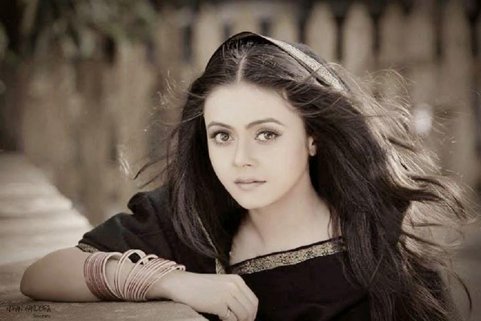 Beautiful Devoleena Bhattacharjee HD Wallpaper