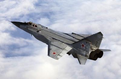 MiG-31 tampak kiri