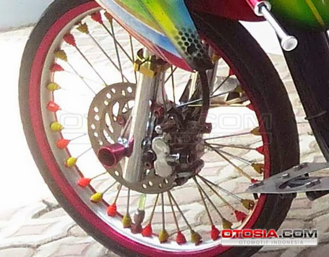 Modifikasi Motor Matic: Honda Vario Street Racing