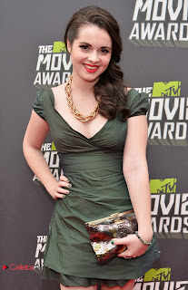 Vanessa Marano Pictures in Green Short Dress at MTV Movie Awards ~ Celebs Next