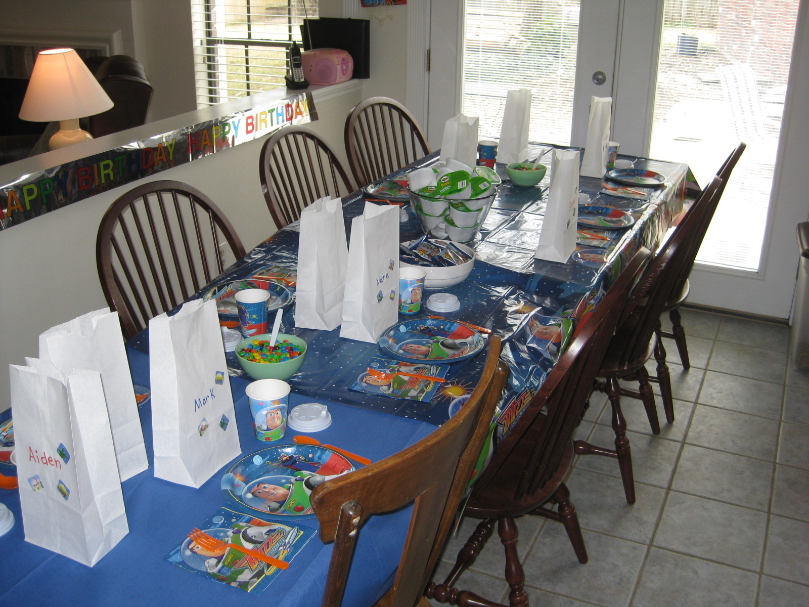 The table setting for the Buzz Lightyear Party & Heidiu0027s Recipes: Buzz Lightyear Birthday Party