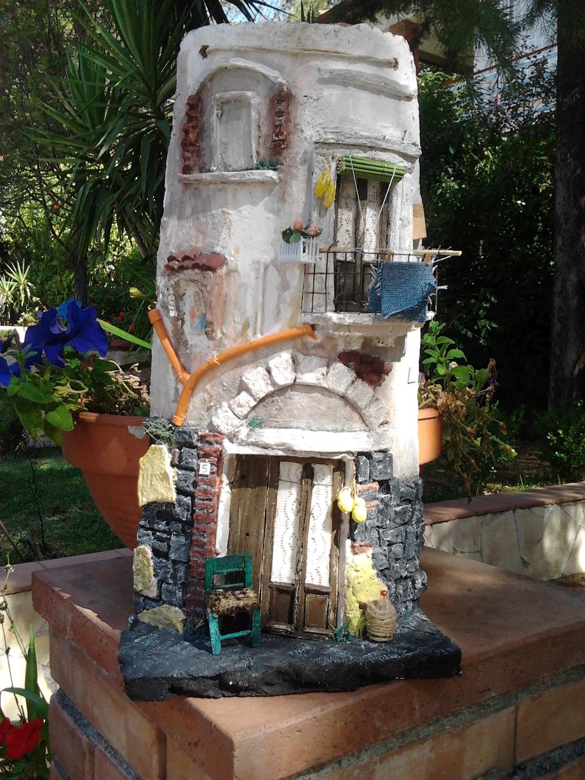 Settembre 2012 il mondo delle tegole - Tegole decorate in rilievo ...