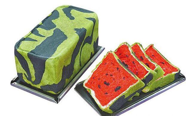 Das Wassermelonen Toastbrot für den Sommer