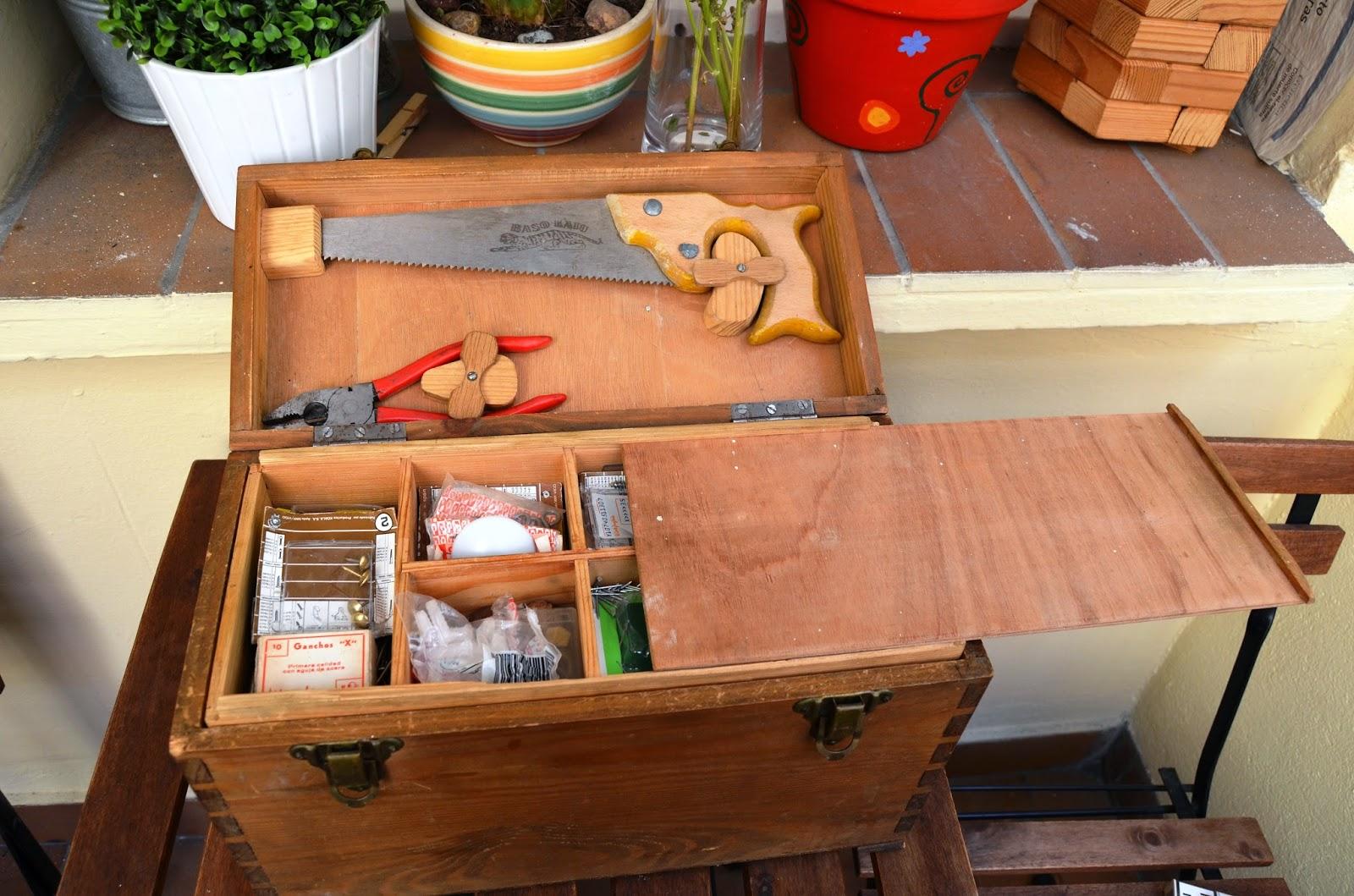 Naifandtastic decoraci n craft hecho a mano for Cajas de madera ikea