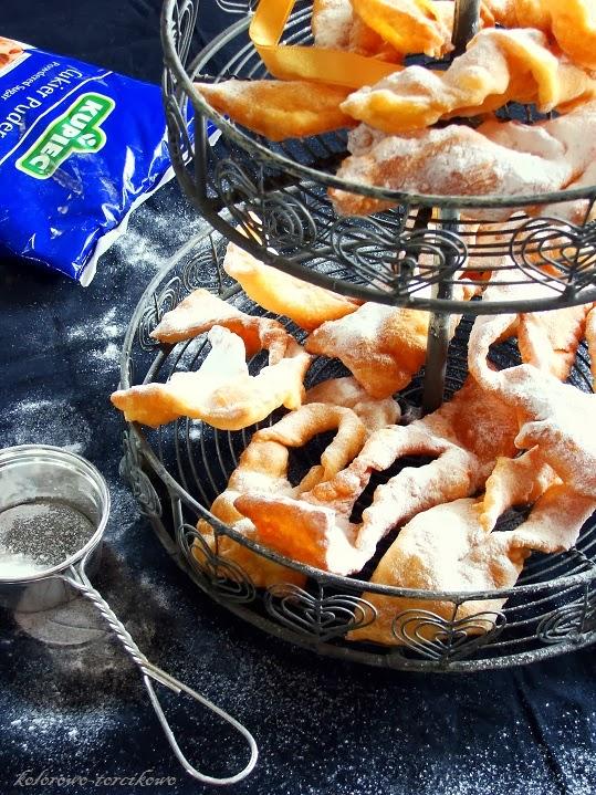 Faworki tradycyjne ( chrust )