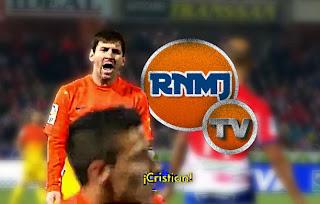 Leo Messi enojado con Tello por no pasarle el balón en el Granada Barcelona de Liga