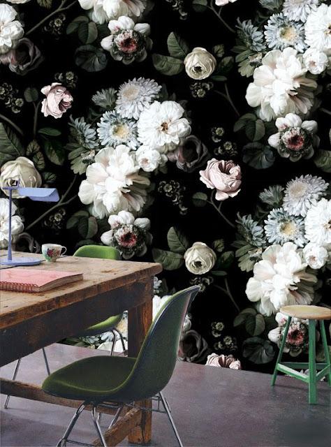blomstret botanisk tapet der vækker opsigt