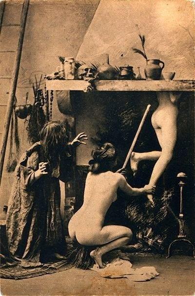 http://scoptophilia.blogspot.de/2012/08/various-witches-sabbat-in-paris.html?zx=d6f9622dad3d055d