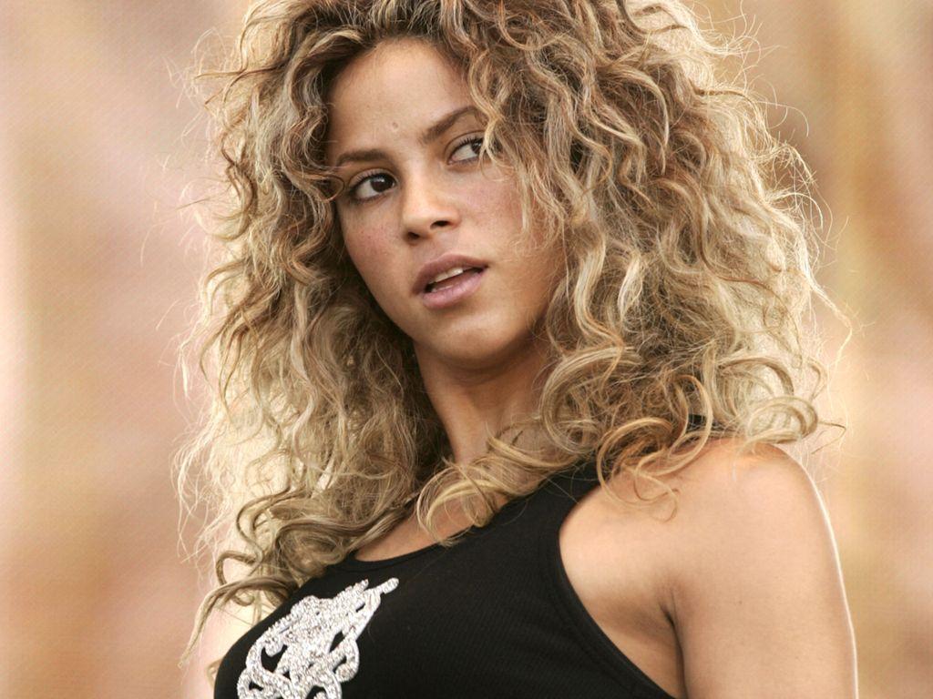 http://4.bp.blogspot.com/-XmfpuwbAnqU/TmTTP0g9-lI/AAAAAAAABMQ/UERoShhIN_w/s1600/Hot+Shakira+%25282%2529.JPG